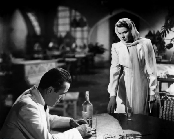 Humphrey-Bogart-and-Ingrid-Bergman-in-Casablanca-1942-4